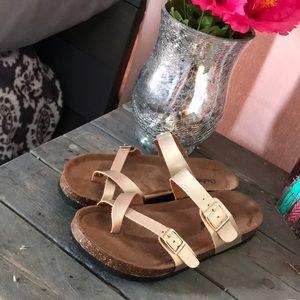 Brand new gold sandals!